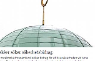 İsveç'te Camiileri korumak için para aranıyor...