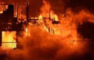Kanada'da çıkan yangında bir Türk tüm apartmanı...