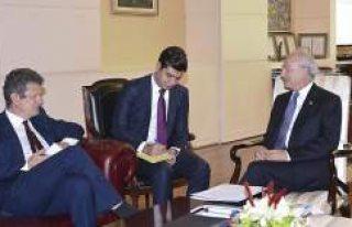 Kemal Kılıçdaroğlu İsveç Büyükelçisi Wahlund'u...