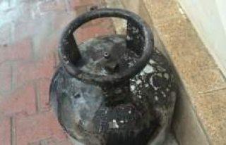 Kulu'da Gaz Kaçağını Çakmakla Kontrol Eden...