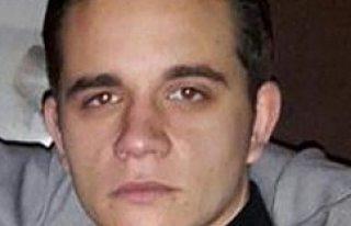 Londra'da bıçaklanan Türk genci yaşam mücadelesini...