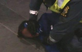 Malmö'de, Şiddet Gören Müslüman Çocuk İçin...