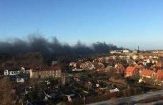 Malmö'deki Yangın 3 Belediye Bölgesi Sakinlerini...