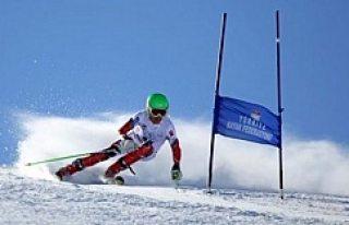 Milli kayakçımızdan İsveç'te gümüş madalya