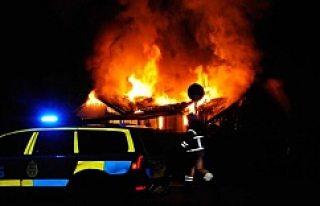 Märsta'da iki kişi yanarak öldü!