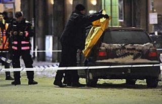 Polis, Malmö cinayet suçuyla 17 yaşında bir genci...