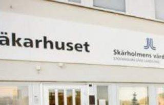 Skärholmen Sağlık Ocağına Baskın: 5 Kişi Gözaltına...
