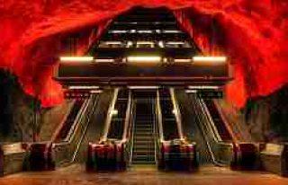 Stockholm'de ki Metro istasyonlarından muhteşem...