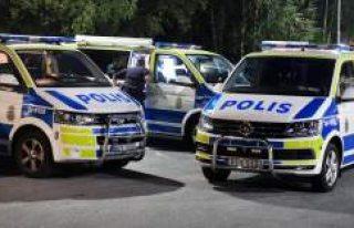 Stockholm'de Polis,'Dur' ihtarına...