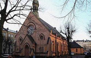 "Stockholm'de, Tarihi kilise ""cemaatsizlikten""..."