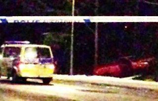 Stockholm'de sarhoş sürücü otobüs durağına...