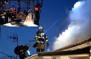 Stockholm'de villa yangını, bir kişi öldü...VİDEO
