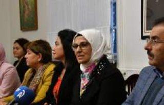 TBMM Kadın Erkek Fırsat Eşitliği Komisyonu üyeleri...