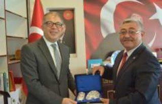 Türkiye'nin Yeni İsveç Büyükelçisi Yunt,...