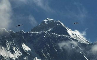 Huawei, Everest tepesine 5G antenleri yerleştirdi
