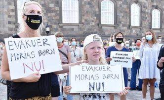 Danimarka'da sığınmacıların kabulü için gösteri yapıldı