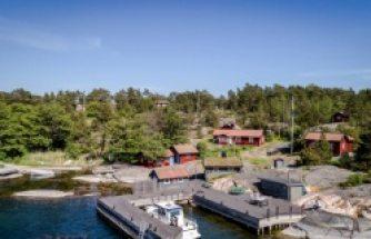Stockholm'ün en güzel ada köyünde 8 odalı satılık ev