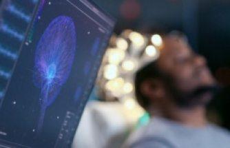 Bilim insanlarından COVID-19 bağlantılı beyin hasarı uyarısı