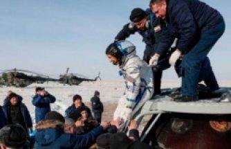 Uzayda en uzun kalan kadın astronot dünyaya geri döndü