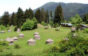 Türk oba kültürünün yaşatıldığı kamp alanına turist ilgisi
