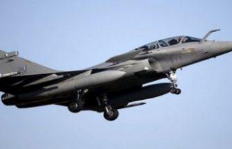Fransız uçakları Rum Kesimi'nde konuşlandı