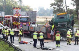 Genç kadın feci kazada hayatını kaybetti
