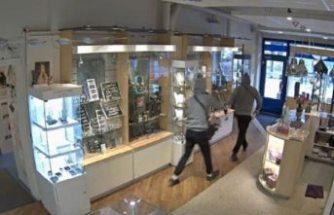 Kuyumcu dükkanında silahlı soygun
