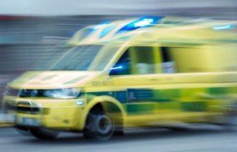 Jönköping'de kamyondan düşen bir kişi öldü
