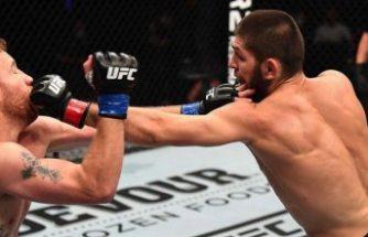 UFC şampiyonu Müslüman boksör, unvanını koruduğu müsabakanın ardından kariyerini noktaladı