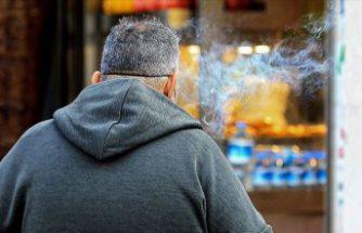 Sigara içenler dikkat! Covid-19 ile enfekte hücre sayısını üçe katlıyor