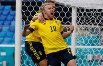 İsveç Slovakya'yı devirdi