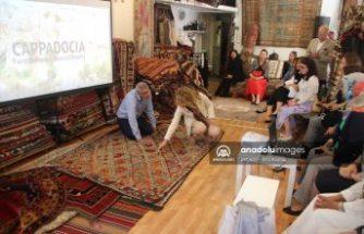 İsveç'te büyükelçi eşlerine Türk halısı ve kilimleri tanıtıldı