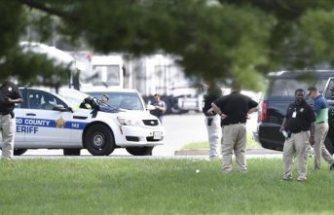 ABD'de Silahlı Saldırı: 2 Ölü 12 Yaralı