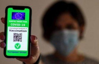 İtalya'da aşı kartı zorunlu oldu: Aşı olmayanın maaşı kesilecek