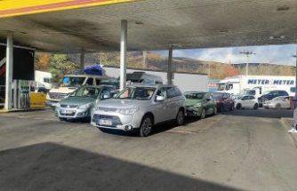 Almanlar, benzin fiyatlarındaki artış nedeniyle Çekya istasyonlarına yöneldi