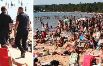 Burası Antalya ya da Mollarco değil, İsveç'teki plajlarda tarihi kalabalık