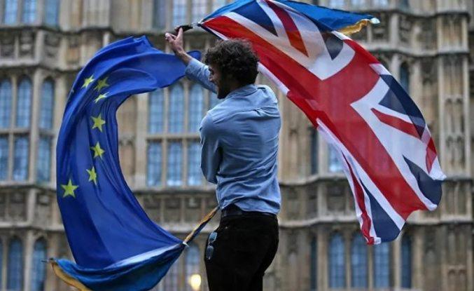 AB ülkelerine göç eden İngilizlerin sayısı yüzde 30 arttı
