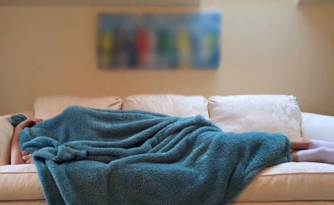 İsveçli bilimadamları: ''Ağır battaniyeler şiddetli uykusuzluğa çözüm olabilir''