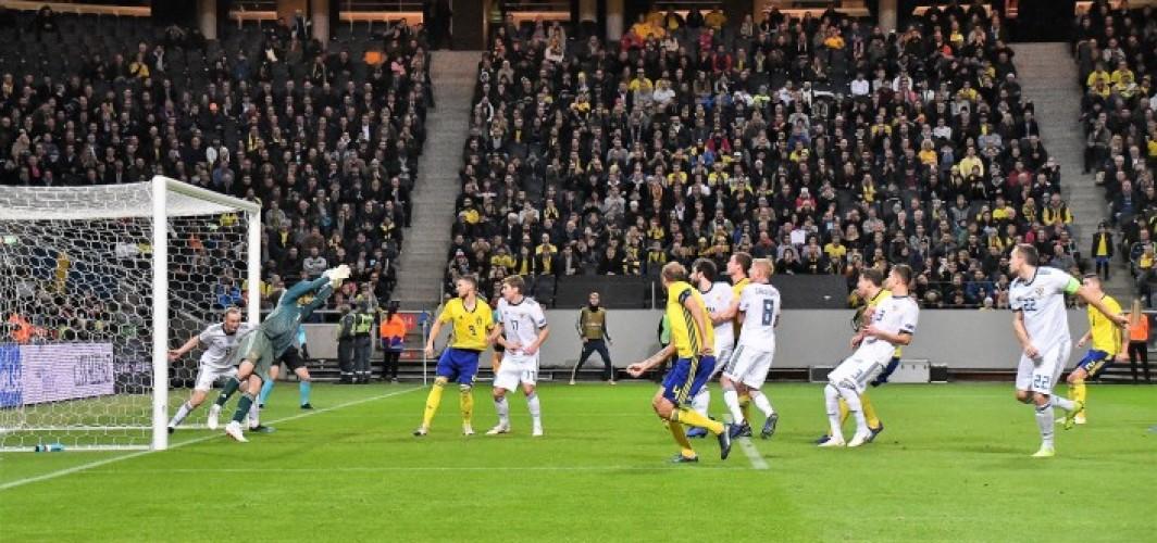 İsveç yarı finale adını yazdırdı