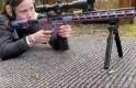 İsveçli çevreci kızın silahlı görüntüleri tartışılıyor ama bakın o kişi kim?