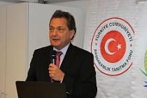 Büyükelçi Türkmen'den ''Kınama''...