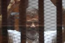 İsveç'te Mursi'nin idam kararına sert tepki