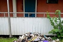 Tensta'da kundaklanan evde cinayete teşebbüs süphesi