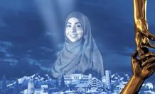 """İsveç'in """"kahramanı"""", sığınmacılara yardım eden Suriyeli Israa Abdali oldu"""