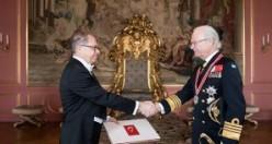 Türkiye'nin Stockholm Büyükelçisi Yunt Güven Mektubunu Sundu