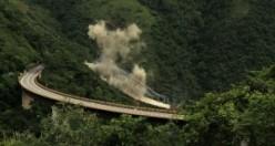 9 işçinin öldüğü köprüden böyle intikam aldılar