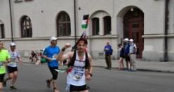Filistinli atlet, İsveç'in başkenti Stockholm'de Filistinliler için koştu