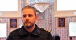 """İsveç emniyeti """"Polis Günü""""nü camide kutladı"""