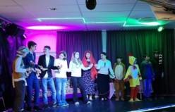 Türk gençlerinin tiyatro oyunları Stockholm'de ilgi görüyor