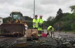 İsveç'te Yaz Ortası Bayramı (Midsommar) sonrası sokaklar çöplüğe döndü